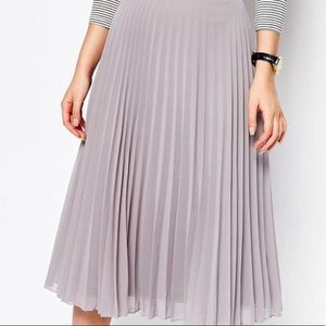 ASOS Gray Chiffon Midi Pleated Skirt, NWOT 18